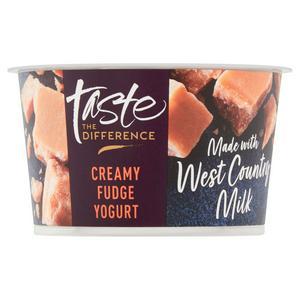 Sainsbury's West Country Creamy Fudge Yogurt, Taste the Difference 150g