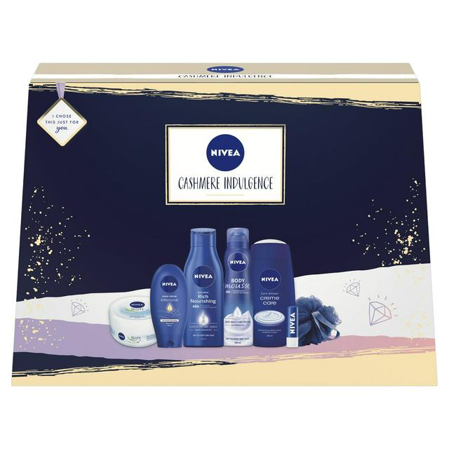 NIVEA Smooth Indulgence Hand Cream